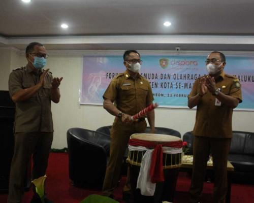 Sekda Buka Forum OPD Pemuda dan Olahraga se-Maluku